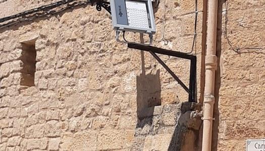 S'ha canviat la llum de l'església per leds